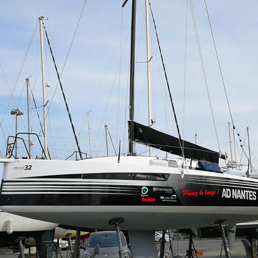 Covering sur bateau aux Sorinières